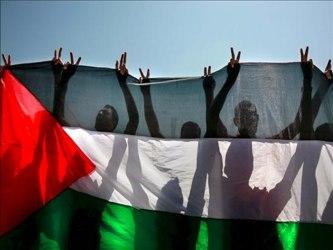 Según un informe que presentó, los menores palestinos retenidos sufren, al igual que otros reos,...