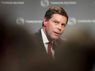 Sants empezó a trabajar en la FSA en el 2004, procedente del banco de inversión Credit Suisse First...