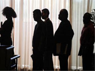 """Agregó que la desaceleración en el ritmo de crecimiento del empleo """"se ha producido en todos..."""