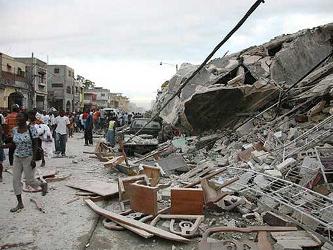 """""""El año estuvo marcado por un rara acumulación de terremotos importantes"""" y un número..."""