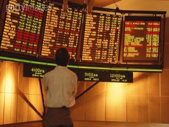 En 2000, cuando los retornos estaban en alza, Sylla descubrió que una década de rentabilidad anual...