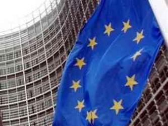 """Angela Merkel dijo que """"está justificado"""" recapitalizar los bancos europeos que así lo..."""