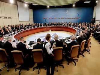 De haber resistido unos días más el líder serbio, la OTAN habría entrado en una grave crisis que...