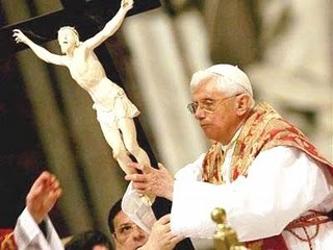 """""""Sin una sana y vigorosa reflexión teológica, la Iglesia no podría expresar plenamente la..."""