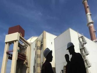 En octubre, Ashton envió una carta a Teherán para reanudar las negociaciones nucleares, sin...
