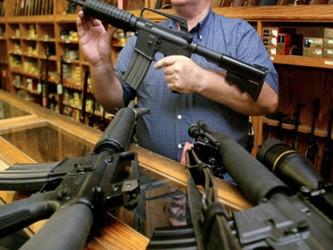 """""""Los traficantes de armas de fuego emplean individuos en Estados Unidos sin antecedentes..."""