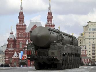El presidente Dmitry Medvedev afirmó el año pasado que Rusia responderá militarmente si no llega a...