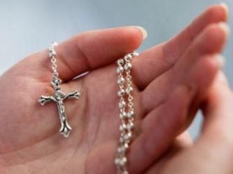 Octubre es el mes del Rosario, mes dedicado a recorrer con María los misterios de la vida de su...