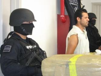 La droga estaba oculta en un espacio de doble forro en el equipaje que llevaba consigo, agregó el...