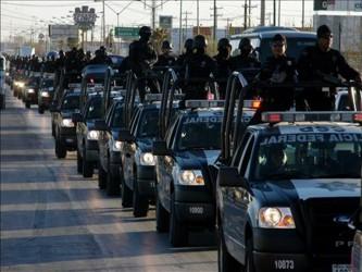 De éstas, 610 policías federales fueron amonestados, 471 suspendidos, 143 inhabilitados, 27...