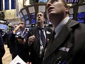 Los futuros del índice S&P 500, el promedio industrial Dow Jones y el Nasdaq 100 caían entre un 0.1...