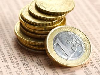 El euro cayó un 0.25 por ciento a un mínimo de 1.2932 dólares después del anuncio del Bundesbank,...