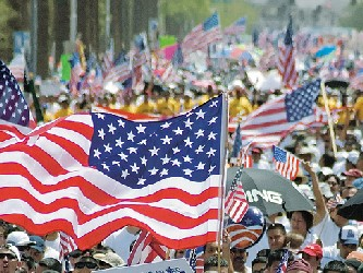 Legisladores republicanos han propuesto que para abrir paso a la legalización de inmigrantes...