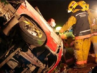El intendente interino de la región del Bío Bío, Luis Santibáñez, dijo que 14 personas murieron y...