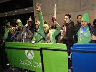El Xbox One, que tiene un valor de 499 d�lares en Estados Unidos, y el PS4, que se vende por 399 d�lares, ofrecen gr�ficas mejoradas para un mayor realismo y procesadores m�s r�pidos que permiten un juego m�s agradable y numerosos juegos exclusivos.