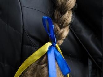Ucrania puso sus fuerzas armadas en alerta de combate el sábado y advirtió a Rusia de que cualquier...