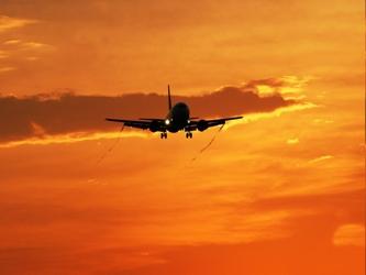 Los familiares y amigos que aguardaban el vuelo en Pekín han sido trasladados a un hotel cercano,...