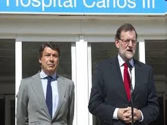La ministra de Sanidad, Ana Mato, y las autoridades médicas, se vanagloriaron de realizar con éxito...