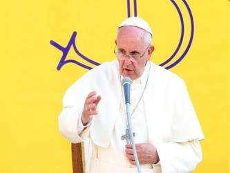 """Como ya hiciera durante el viaje apostólico a Turquía, Francisco reitera que """"¡como líderes..."""