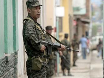 Honduras tiene la tasa más alta de homicidios en el mundo con 90.5 por cada 100,000 habitantes,...