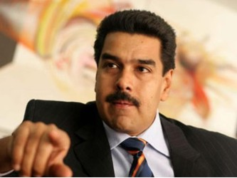 "Maduro aseguró que su homólogo estadounidense, Barack Obama, se encuentra ""esposado"" por..."