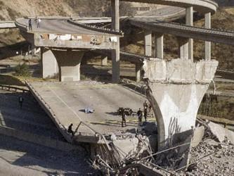 """""""California es zona de terremotos, y los habitantes deberían vivir todos los días como si..."""