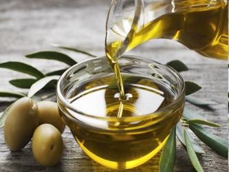 De hecho, por cada 5 % más de calorías procedentes de este tipo de aceite se reduce en un 28 % el...