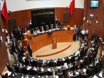 En conferencia de prensa, los legisladores condenaron la sentencia contra Leopoldo López, líder...