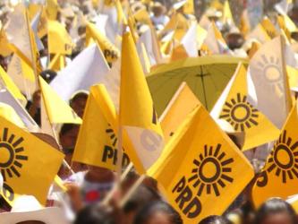 En los comicios del próximo año se elegirán gobernadores en 12 estados mexicanos y la unión de...