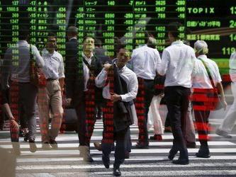 En Japón, el índice Nikkei de la bolsa de Tokio trepó un 1 por ciento, extendiendo su rebote desde...