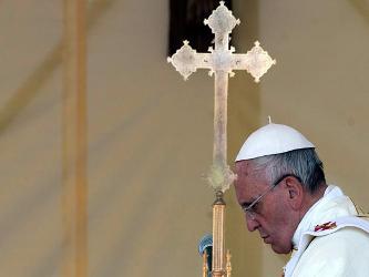 """""""Que la fe de estos mártires en la fidelidad a Jesús dé fuerza a todos nosotros, pero..."""