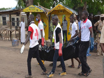 La drástica medida, que se aplica a toda la región del lago Chad, conlleva la prohibición de...