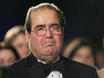 """El juez también señaló que no hay """"nada malo"""" en la idea de que presidentes y otras..."""