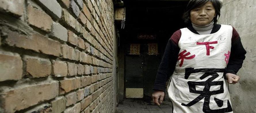 """La nueva ley está considerada un """"hito"""" en China, un país donde estos maltratos se siguen..."""