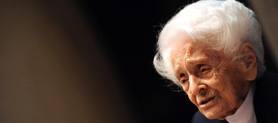La científica italiana Rita Levi-Montalcini, Premio Nobel de Medicina, siguió investigando con 100...