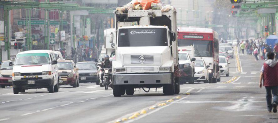 Operativos sorpresa para cazar a los coches contaminantes en la Ciudad de M�xico