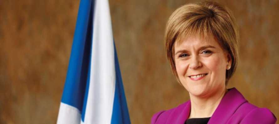Sturgeon quiere negociar la permanencia de Escocia en la UE