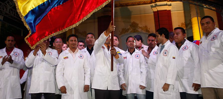 A unos 400 kilómetros al noreste de allí, en la localidad de Barquisimeto, cientos de doctores...