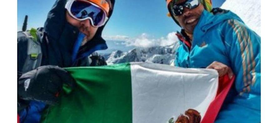 Los dos mexicanos y sus guías peruanos formaban parte de un grupo que completaban el mexicano Rubén...