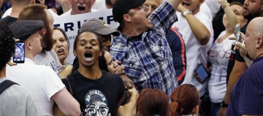 """Trump a los negros: """"�Qu� tienen que perder conmigo?"""""""
