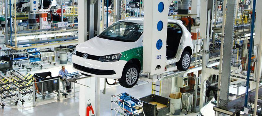 Volkswagen interrumpe la producci�n en varias f�bricas en Alemania