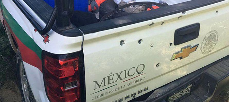 Grupo armado ataca veh�culo de Migraci�n mexicano y se lleva a 25 extranjeros