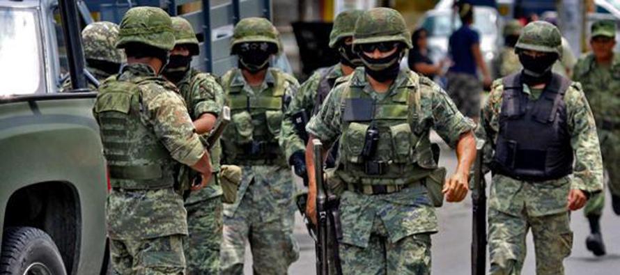 Los mexicanos gastan m�s en seguridad y conf�an menos en las autoridades