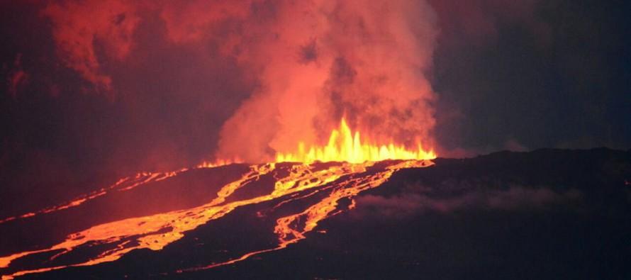 Uno de los objetivos de DCO es analizar las emisiones volcánicas, por lo que desde 2012 ha lanzado...