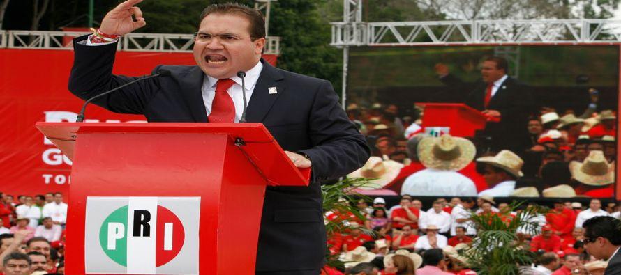 El PRI acuerda acelerar expulsi�n de gobernador buscado por la fiscal�a