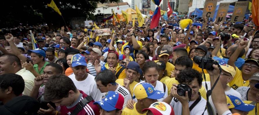 Oposici�n venezolana llama a huelga general, muere polic�a en protesta