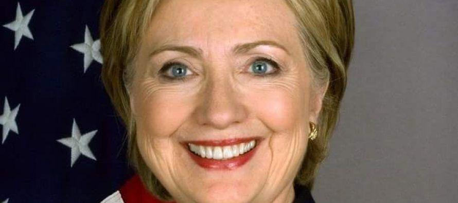 Si Clinton alcanza la Casa Blanca, habrá alcanzado la más alta cima. Ya no solo será una de las...