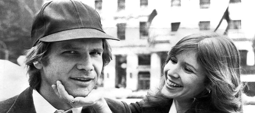 La actriz dijo que el romance duró tres meses y comenzó y terminó durante la filmación en 1976 de...