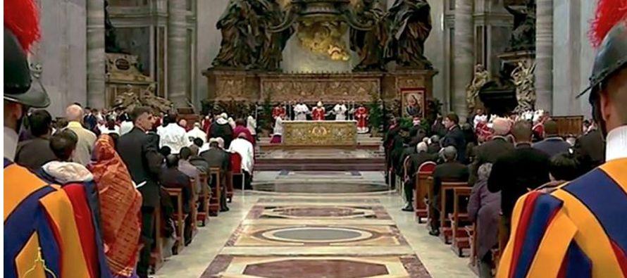 El sábado, víspera de la clausura del Jubileo Extraordinario de la Misericordia, Jorge Bergoglio...