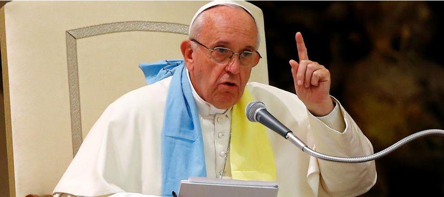 """El papa Francisco afirmó que """"hoy día hacen falta líderes"""" y """"Europa necesita..."""